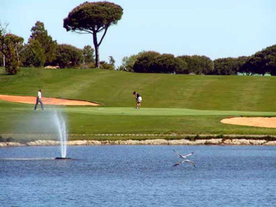 https://golftravelpeople.com/wp-content/uploads/2018/11/Nuevo-Portil-Golf-Club-11.jpg