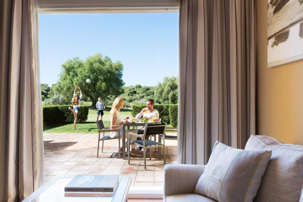 https://golftravelpeople.com/wp-content/uploads/2019/02/Barcelo-Montecastillo-Golf-Sports-Resort-17-1024x682.jpg