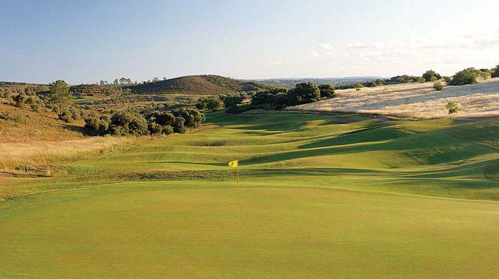 https://golftravelpeople.com/wp-content/uploads/2019/04/Alamos-Golf-Club-4-1024x574.jpg