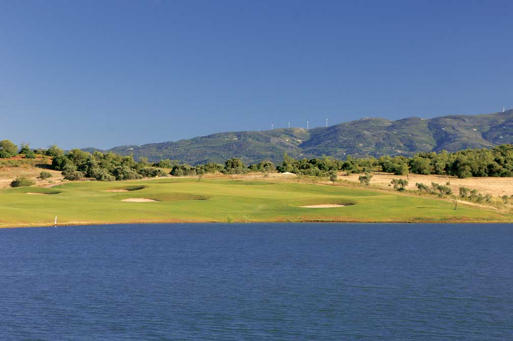 https://golftravelpeople.com/wp-content/uploads/2019/04/Alamos-Golf-Club-6.jpg