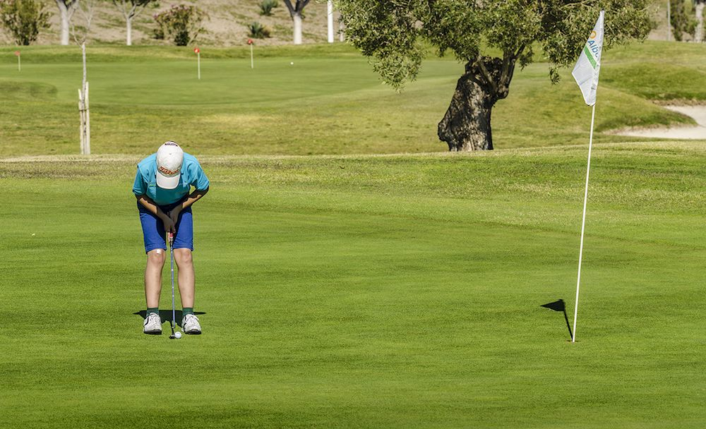 https://golftravelpeople.com/wp-content/uploads/2019/04/Alboran-Golf-Club-24.jpg
