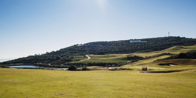 https://golftravelpeople.com/wp-content/uploads/2019/04/Alcaidesa-Golf-Club-Heathland-Course-7.jpg