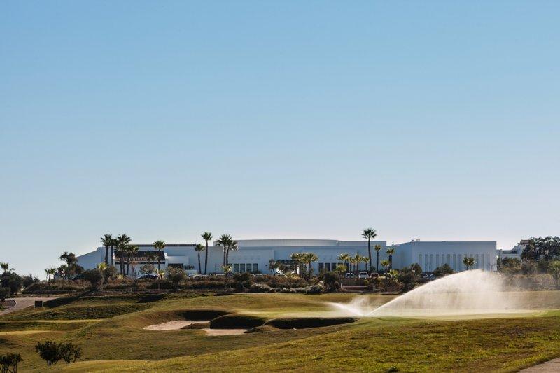 https://golftravelpeople.com/wp-content/uploads/2019/04/Alcaidesa-Golf-Club-Heathland-Course-8.jpg