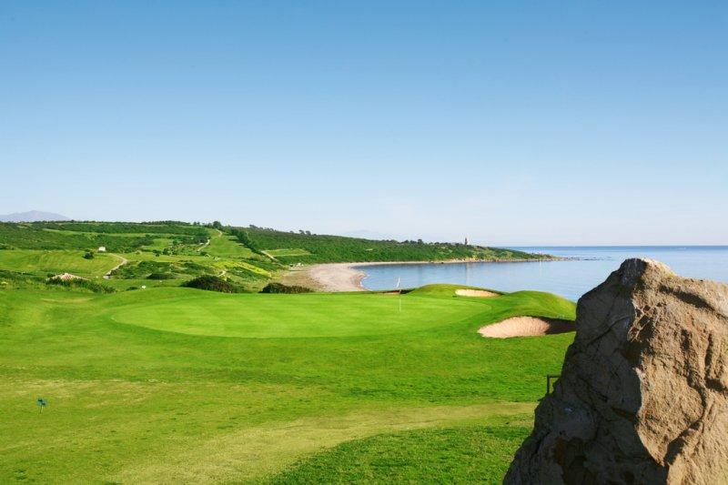 https://golftravelpeople.com/wp-content/uploads/2019/04/Alcaidesa-Golf-Club-Links-Golf-Course-10.jpg