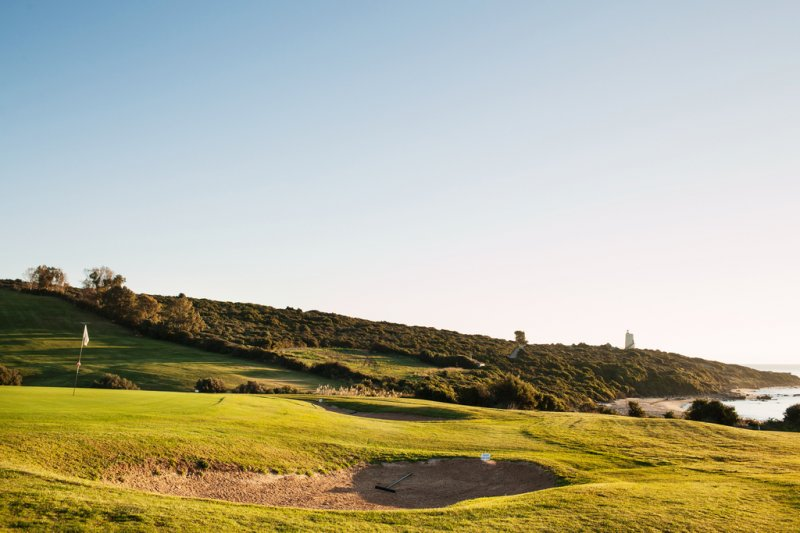 https://golftravelpeople.com/wp-content/uploads/2019/04/Alcaidesa-Golf-Club-Links-Golf-Course-18.jpg