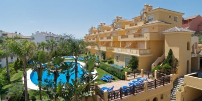 https://golftravelpeople.com/wp-content/uploads/2019/04/Alcaidesa-Vista-Real-Apartments-2-400x200.jpg