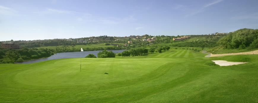https://golftravelpeople.com/wp-content/uploads/2019/04/Almenara-Golf-Club-101.jpg