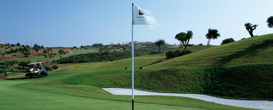 https://golftravelpeople.com/wp-content/uploads/2019/04/Almenara-Golf-Club-191.jpg
