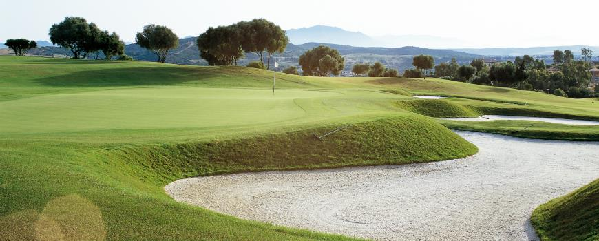 https://golftravelpeople.com/wp-content/uploads/2019/04/Almenara-Golf-Club-201.jpg