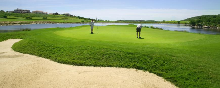 https://golftravelpeople.com/wp-content/uploads/2019/04/Almenara-Golf-Club-24.jpg