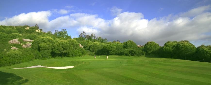 https://golftravelpeople.com/wp-content/uploads/2019/04/Almenara-Golf-Club-51.jpg