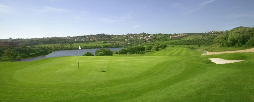 https://golftravelpeople.com/wp-content/uploads/2019/04/Almenara-Golf-Club-71.jpg