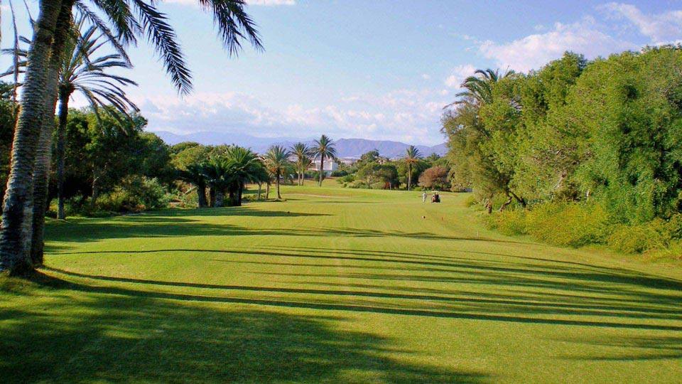 https://golftravelpeople.com/wp-content/uploads/2019/04/Almerimar-Golf-Club-61.jpg