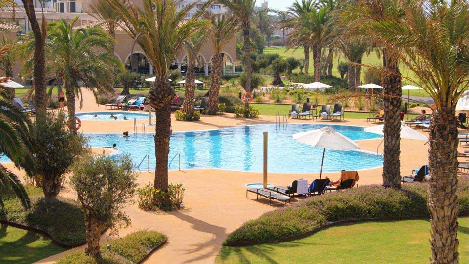 https://golftravelpeople.com/wp-content/uploads/2019/04/Almerimar-Golf-Resort-33.jpg