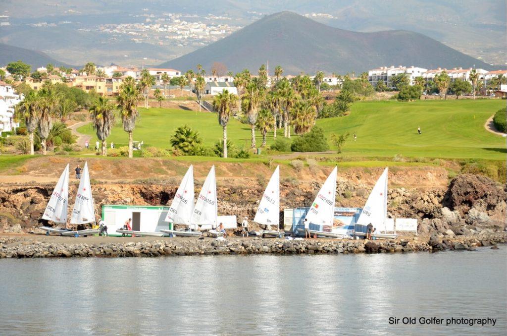 https://golftravelpeople.com/wp-content/uploads/2019/04/Amarilla-Golf-Tenerife-10-1-1024x678.jpg