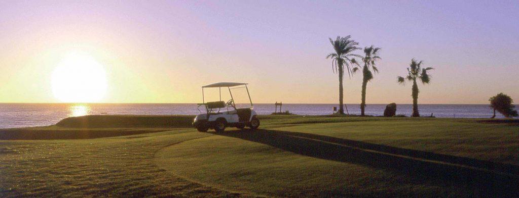 https://golftravelpeople.com/wp-content/uploads/2019/04/Amarilla-Golf-Tenerife-10-3-1024x392.jpg