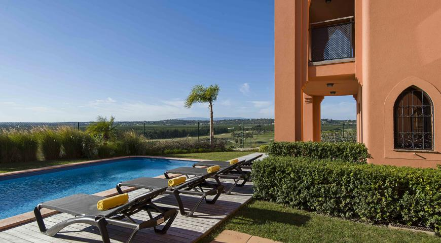 https://golftravelpeople.com/wp-content/uploads/2019/04/Amendoeira-Resort-4-bedroom-villa-8.jpg