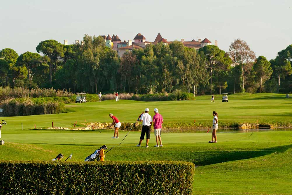 https://golftravelpeople.com/wp-content/uploads/2019/04/Antalya-Golf-Club-2.jpg