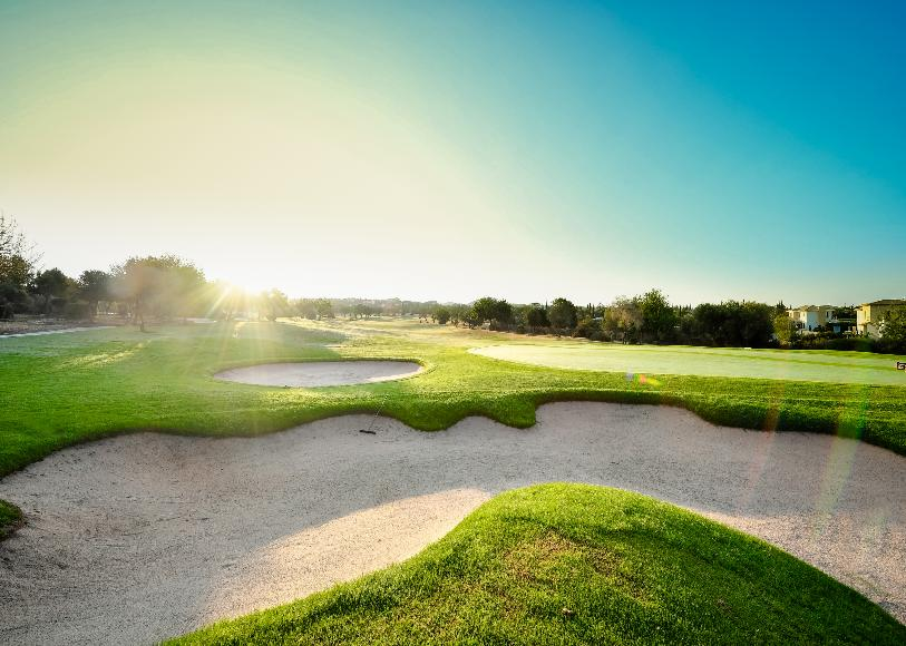 https://golftravelpeople.com/wp-content/uploads/2019/04/Aphrodite-Hills-PGA-National-Cyprus-Golf-Club-17.jpg