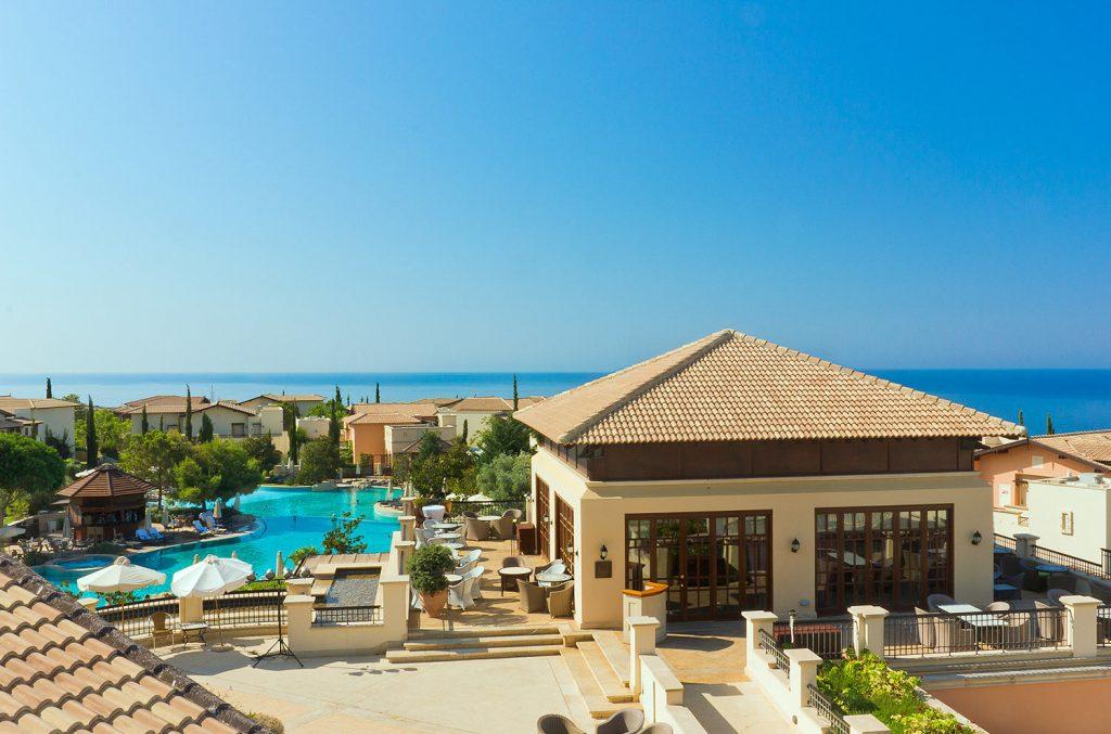https://golftravelpeople.com/wp-content/uploads/2019/04/Aphrodite-Hills-Resort-Cyprus-1-1024x677.jpg