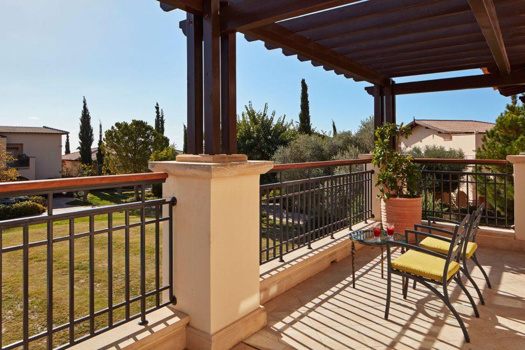 https://golftravelpeople.com/wp-content/uploads/2019/04/Aphrodite-Hills-Resort-Cyprus-19-1024x683.jpg