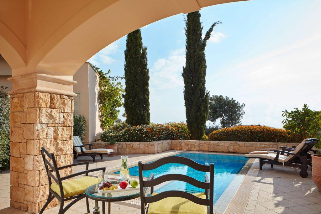 https://golftravelpeople.com/wp-content/uploads/2019/04/Aphrodite-Hills-Resort-Cyprus-20-1024x683.jpg