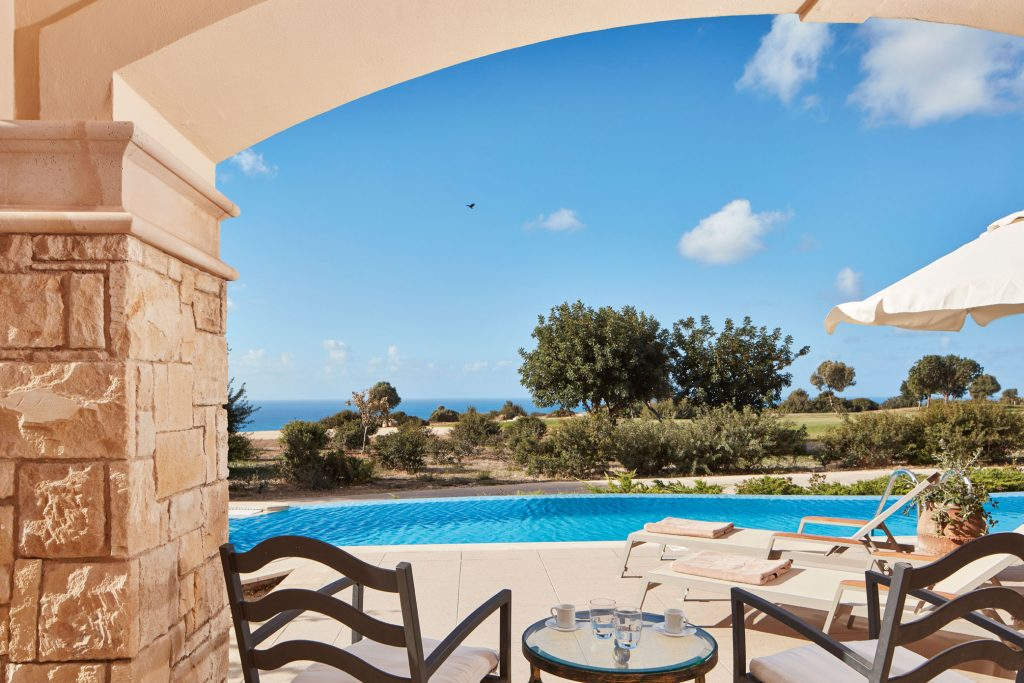 https://golftravelpeople.com/wp-content/uploads/2019/04/Aphrodite-Hills-Resort-Cyprus-22-1024x683.jpg