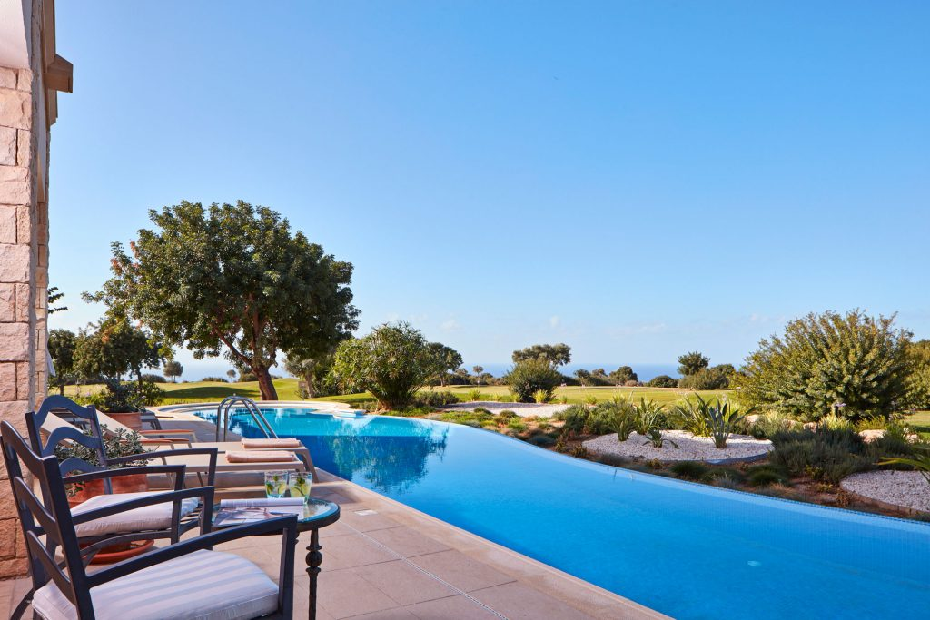https://golftravelpeople.com/wp-content/uploads/2019/04/Aphrodite-Hills-Resort-Cyprus-24-1024x683.jpg