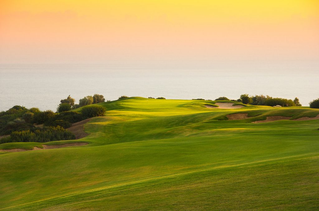 https://golftravelpeople.com/wp-content/uploads/2019/04/Aphrodite-Hills-Resort-Cyprus-34-1024x677.jpg