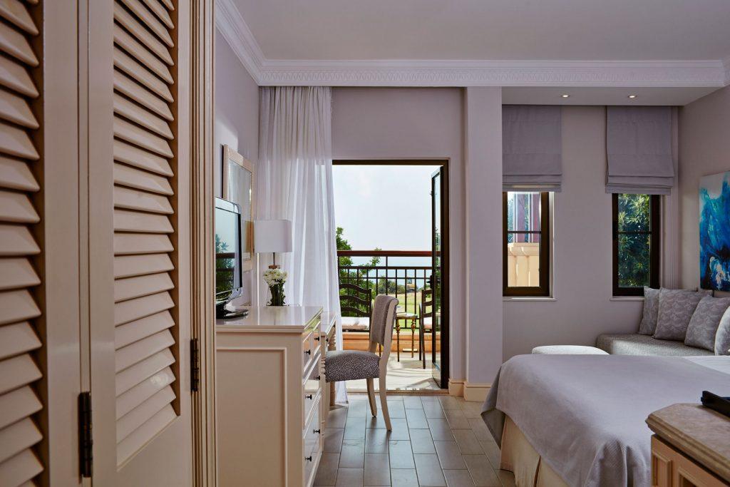 https://golftravelpeople.com/wp-content/uploads/2019/04/Aphrodite-Hills-Resort-Cyprus-9-1024x683.jpg