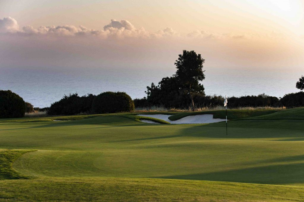 https://golftravelpeople.com/wp-content/uploads/2019/04/AphroditeHills-PGA-National-Golf-Club-Cyprus-New-12-1024x682.jpg
