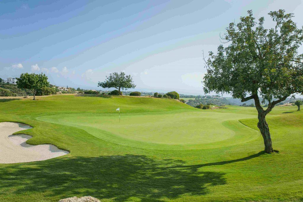 https://golftravelpeople.com/wp-content/uploads/2019/04/AphroditeHills-PGA-National-Golf-Club-Cyprus-New-26-1024x682.jpg