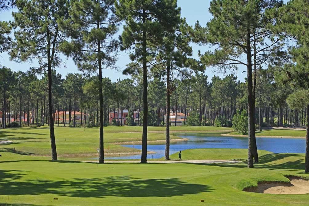 https://golftravelpeople.com/wp-content/uploads/2019/04/Aroeira-Golf-Club-2-5.jpg