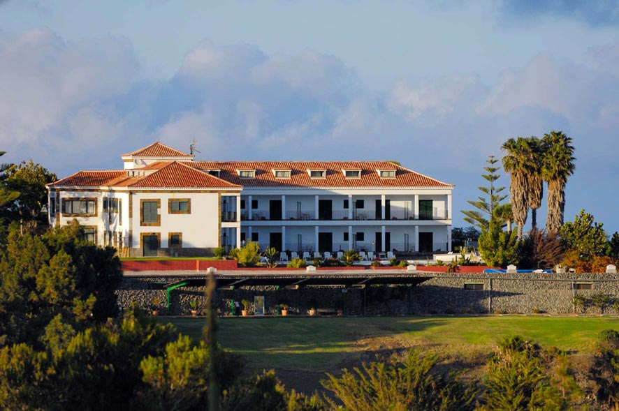 https://golftravelpeople.com/wp-content/uploads/2019/04/Bandama-Golf-Hotel-8.jpg