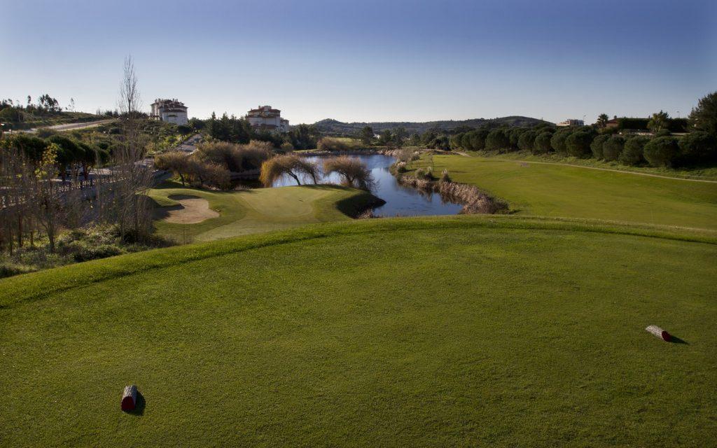 https://golftravelpeople.com/wp-content/uploads/2019/04/Belas-Golf-Club-Lisbon-7-1024x640.jpg