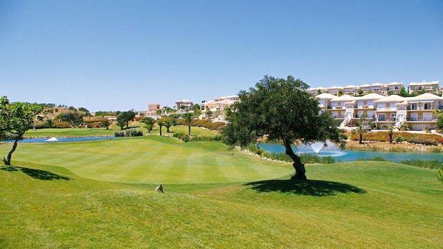 https://golftravelpeople.com/wp-content/uploads/2019/04/Boavista-Golf-Club-1.jpg