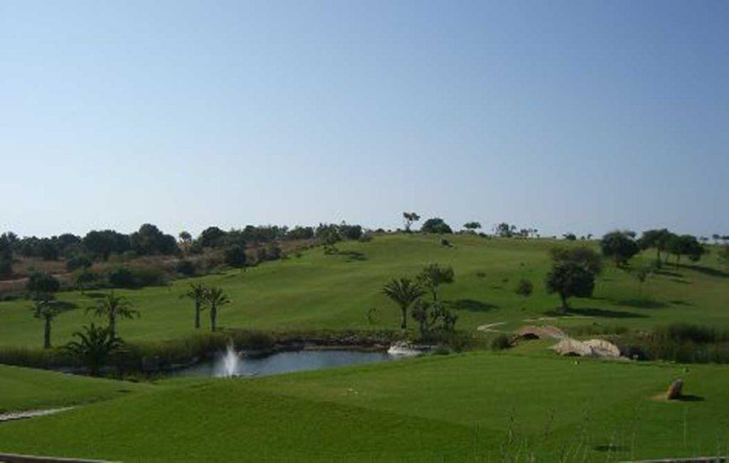 https://golftravelpeople.com/wp-content/uploads/2019/04/Boavista-Golf-Club-2-1024x651.jpg