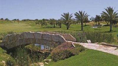 https://golftravelpeople.com/wp-content/uploads/2019/04/Boavista-Golf-Club-6-400x225.jpg