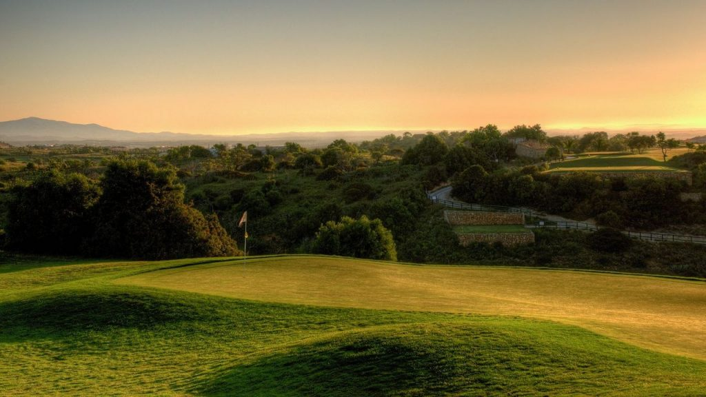 https://golftravelpeople.com/wp-content/uploads/2019/04/Boavista-Golf-Club-New-2-1024x576.jpg