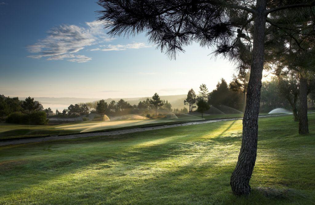 https://golftravelpeople.com/wp-content/uploads/2019/04/Bom-Sucesso-Golf-Club-21.jpg