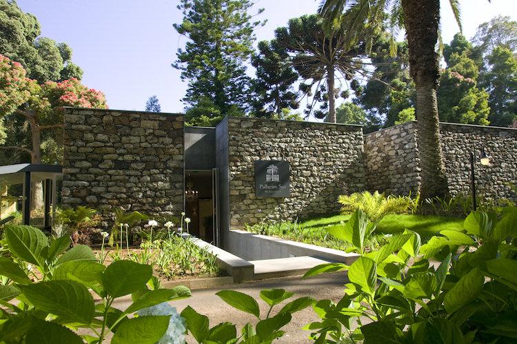 https://golftravelpeople.com/wp-content/uploads/2019/04/Casa-Velha-de-Palheiro-Madeira-Spa-3-Copy.jpg