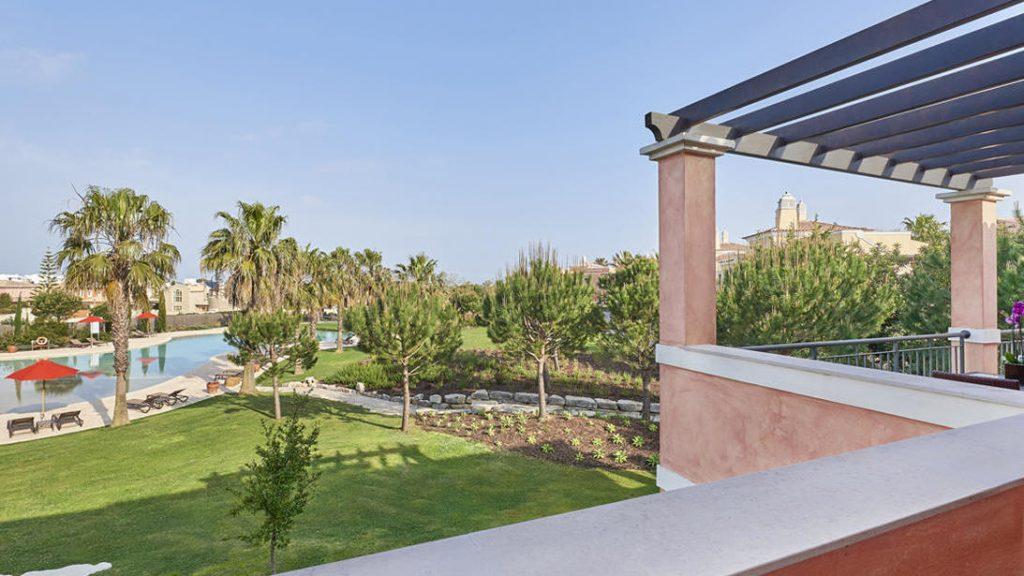 https://golftravelpeople.com/wp-content/uploads/2019/04/Cascade-Resort-Algarve-1-1024x576.jpg