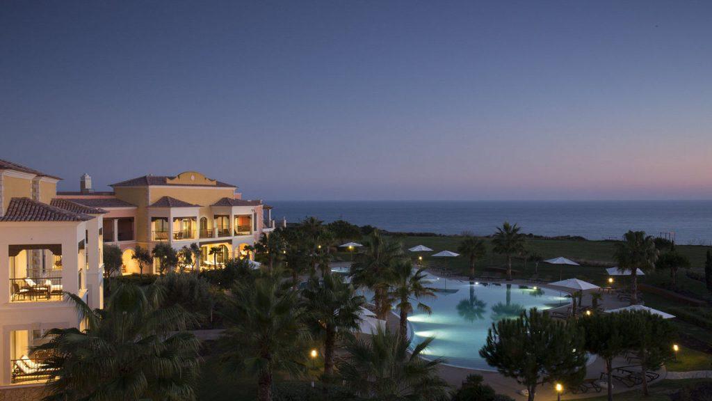 https://golftravelpeople.com/wp-content/uploads/2019/04/Cascade-Resort-Algarve-Swimming-Pools-9-1024x576.jpg
