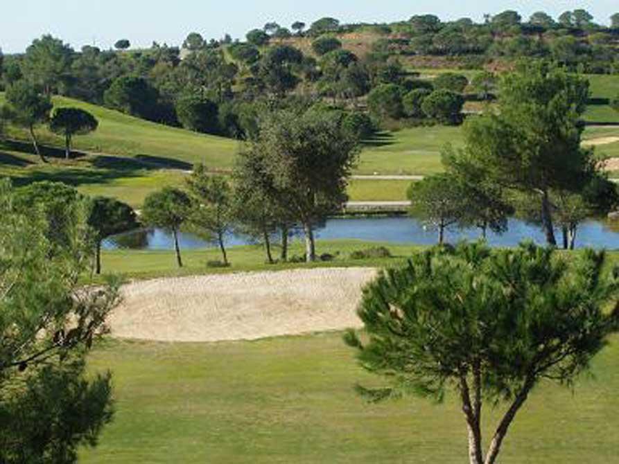 https://golftravelpeople.com/wp-content/uploads/2019/04/Castro-Marim-Golf-Club-6.jpg