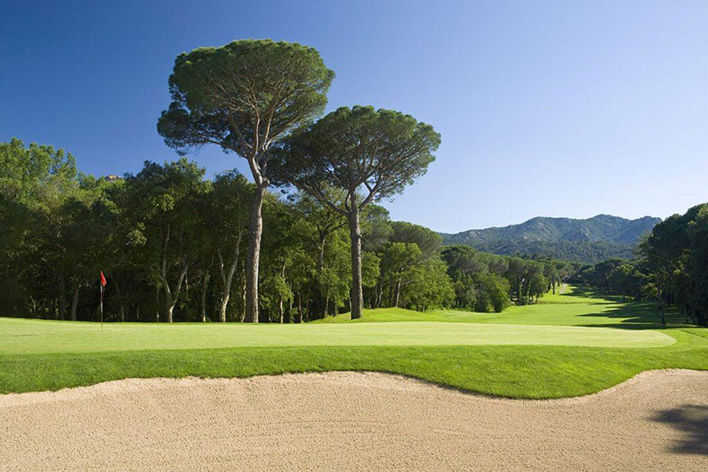 https://golftravelpeople.com/wp-content/uploads/2019/04/Club-de-Golf-Costa-Brava-6-1024x683.jpg
