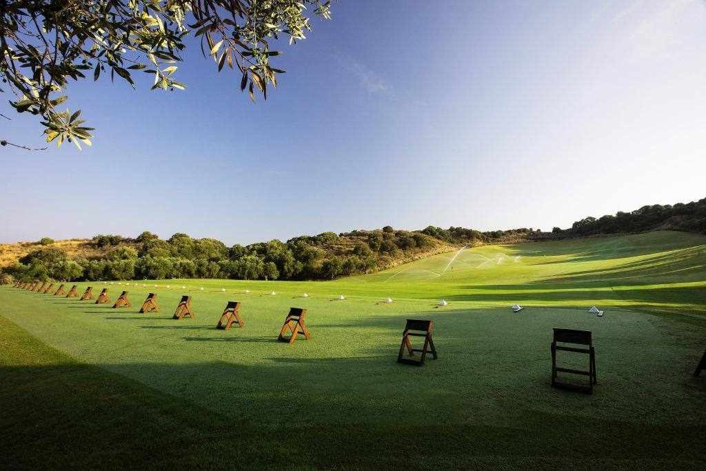 https://golftravelpeople.com/wp-content/uploads/2019/04/Costa-Navarino-Golf-Club-The-Bay-Course-12.jpg