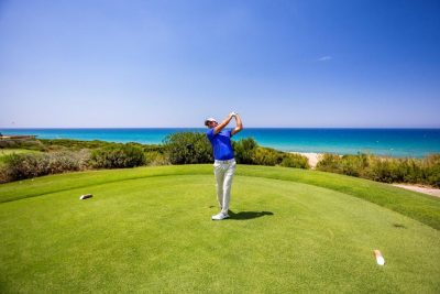 https://golftravelpeople.com/wp-content/uploads/2019/04/Costa-Navarino-Golf-Club-The-Dunes-Course-13-400x267.jpg