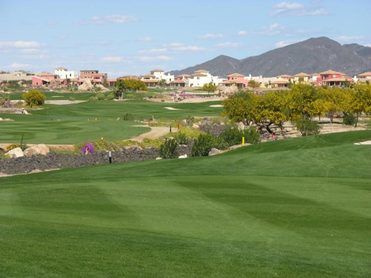 https://golftravelpeople.com/wp-content/uploads/2019/04/Desert-Springs-Golf-Club-4.jpg