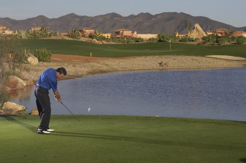 https://golftravelpeople.com/wp-content/uploads/2019/04/Desert-Springs-Golf-Club-6.jpg