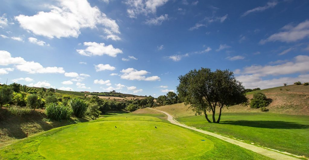 https://golftravelpeople.com/wp-content/uploads/2019/04/Dolce-Campo-Real-15-1024x529.jpg